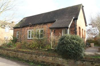 CAPPERS LANE, SPURSTOW - 1 bedroom barn conversion