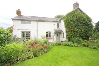 SPURSTOW - 4 BEDROOM DETACHED HOUSE