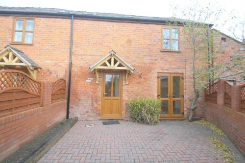 THE DAIRY, 3 MILTON BROOK - three bedroom barn conversion