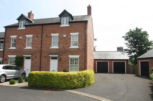 WHITCHURCH, SHROPSHIRE - 4, bedroom semi-detached town house