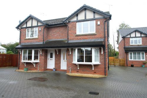 CALVELEY - 3 bedroom semi-detached house