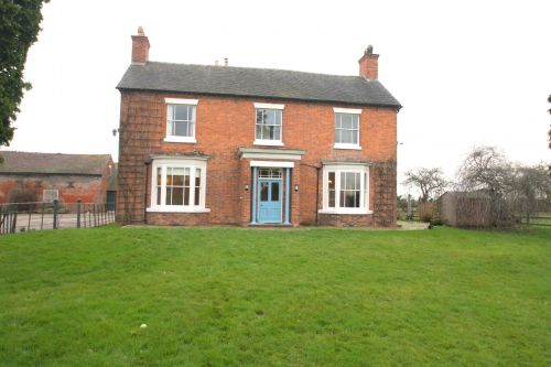 WRENBURY - 3 bedroom farmhouse