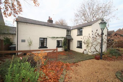 WEBSTERS COTTAGE, HIGH STREET, TARVIN - 4 bedroom detached house