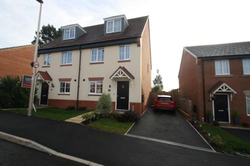 52 FIRECREST WAY, KELSALL - 3 bed semi-detached house