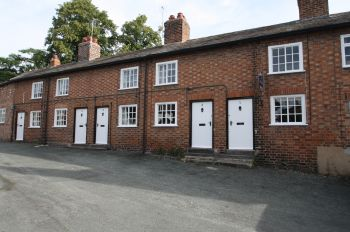 1 CHURCH BANK, TATTENHALL  - 1 BEDROOM COTTAGE